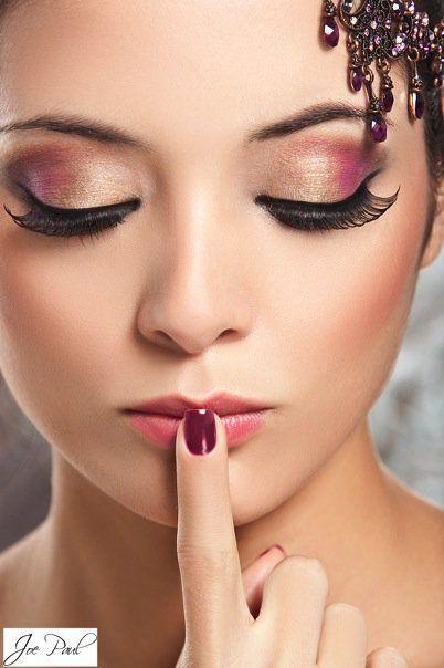 Gold and Pink Eye Makeup