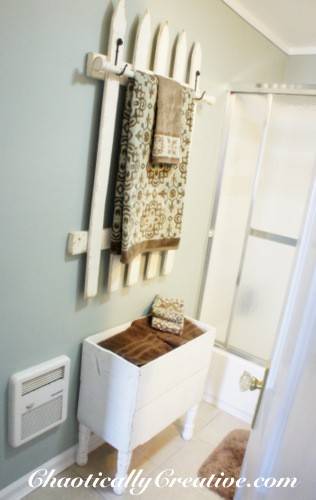 20 id es pour organiser sa salle de bain comme une pro astuces de filles page 3. Black Bedroom Furniture Sets. Home Design Ideas