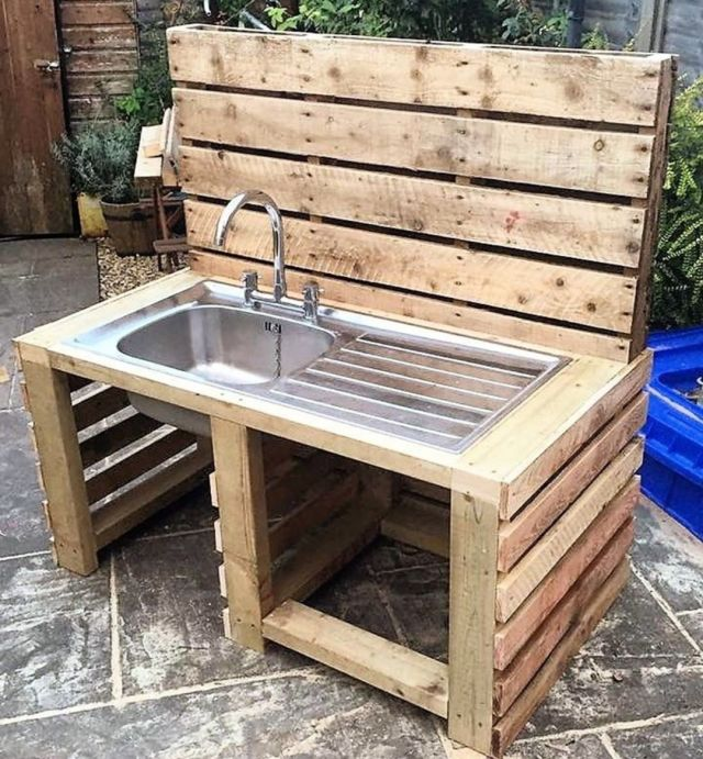 Unique DIY Wooden Pallet Ideas 3